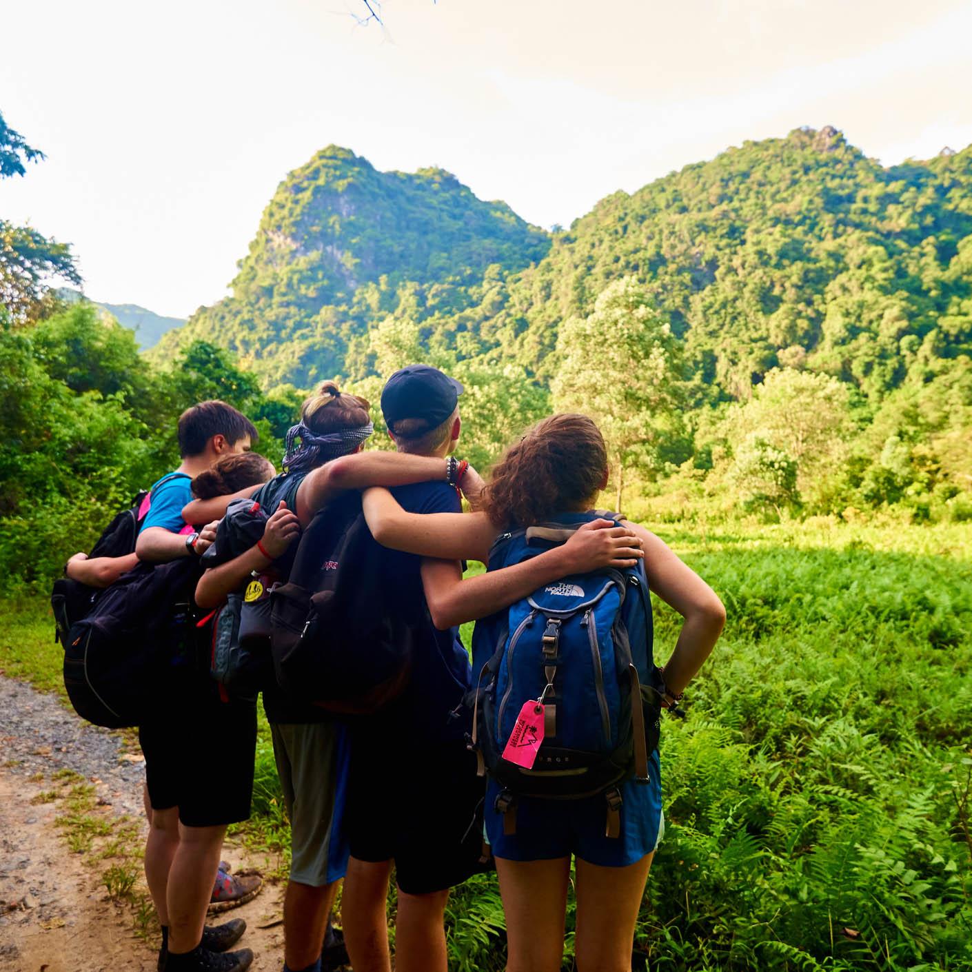Thailand Service hiking