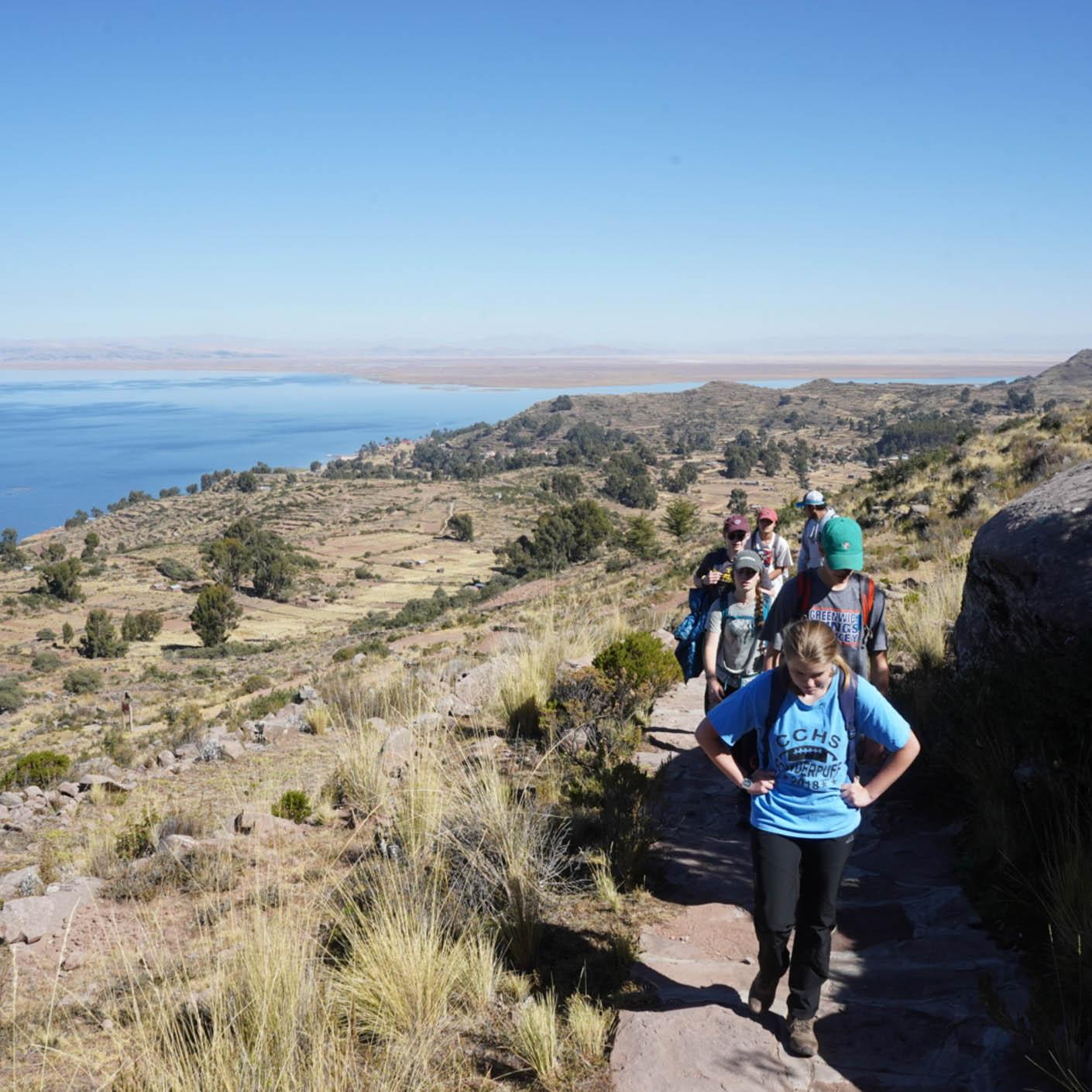 Peru Service hiking