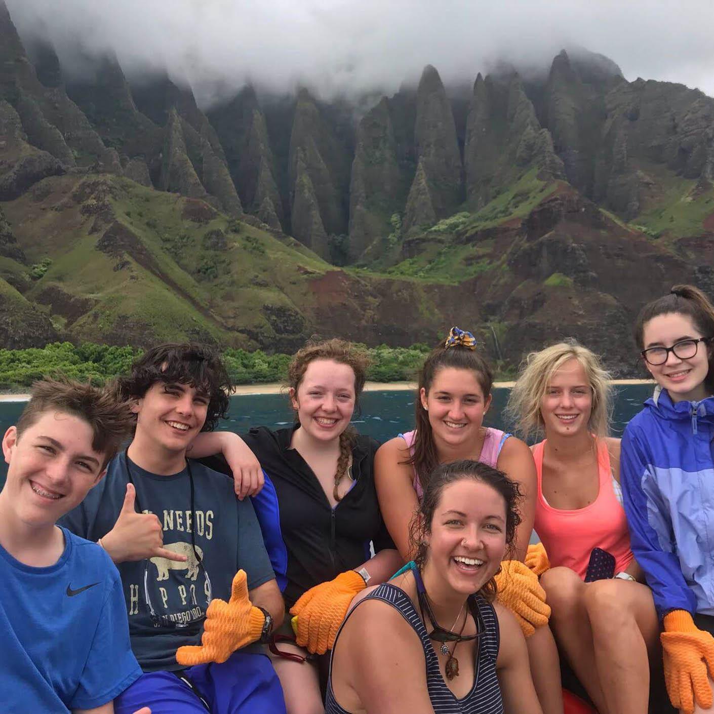 Hawaiian Islands community service